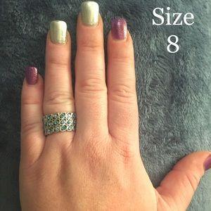 Ladies gorgeous fashion ring
